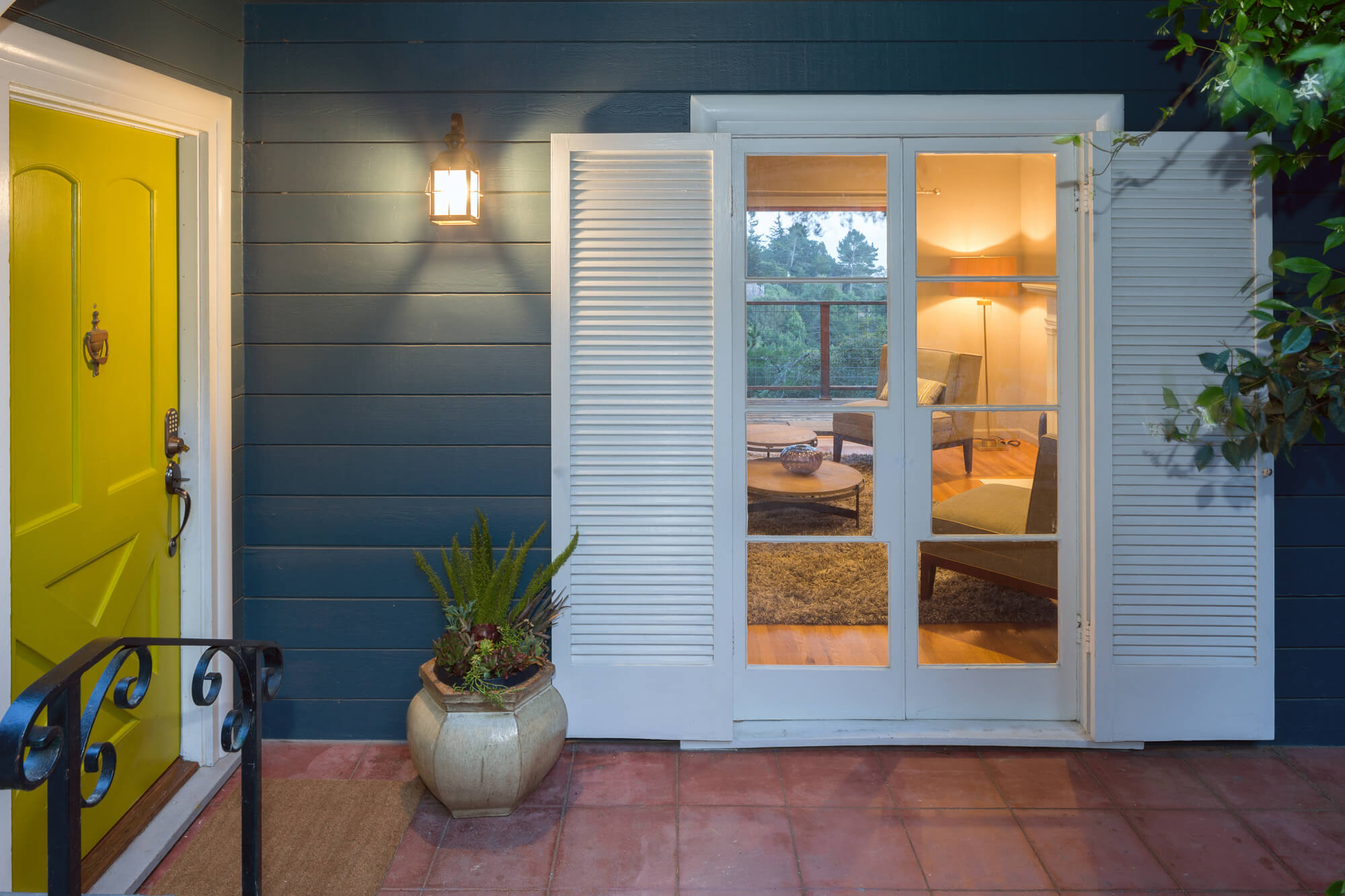 4 Tips For Choosing the Right Style Window Shutters For Your Home, interior design